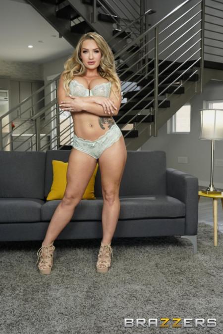 Vanessa blue fetish freeones