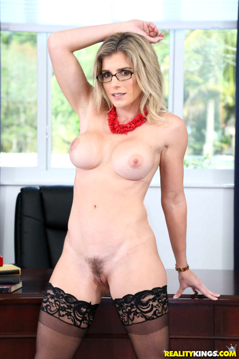 Julia Ann and Nicole Aniston stripping and posing in front of the camera